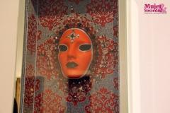 Las máscaras representan la personalidad afectiva de las mujeres