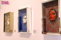 Las máscaras salen de los cuadros que nos permiten ver por textura y color la personalidad afectiva de las mujeres a las cuales representan