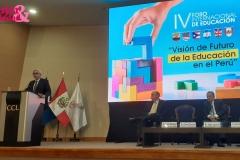 Carlos Durand (Presidente de Perú Cámaras) dando su discurso