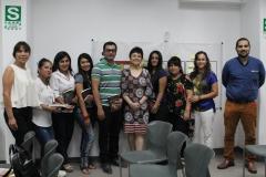 Grupo del taller de empoderamiento en Lima dirigido por la especialista Carla Tamagno