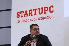 Ricardo Rodriguez respondiendo las preguntas