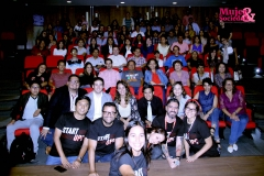 Foto grupal de los participantes y asistentes